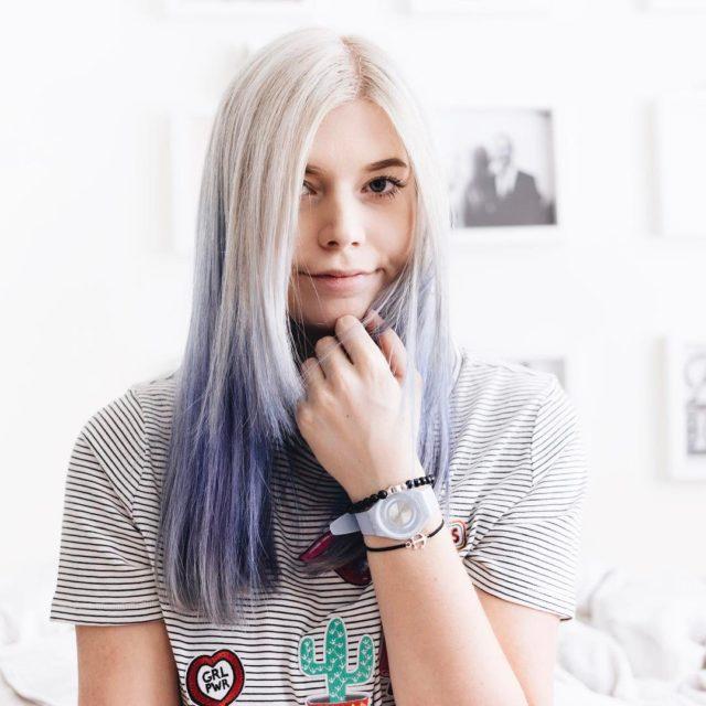 Color your life Passend zu meinen neuen blauen Haaren tragehellip